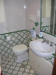 The bathroom of the Bed & Breakfast San Pietro