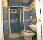 Holiday Apartment in Sorrento: Bathroom of Marina Grande Holiday Apartment in Sorrento