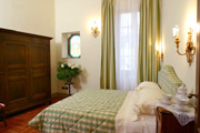 Tuscany Florence Home: Double bedroom of Vasari Home in Florence