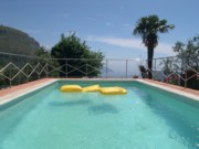 Florence Holidays: Swimming Pool of Podere Vignola Farm Holiday