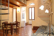 Florence Centre Accommodation: Living- and Dining-Room of Tafi Accommodation in Florence centre