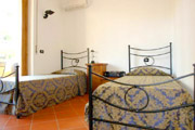 Apartments Florence Italy: Bedroom with two single beds of Bonciani Apartment in Florence Italy