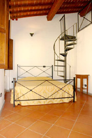 Florence Vacation Rental: Double Bedroom of Benozzo Vacation Apartment in Florence