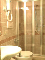 Rome Accommodation: Bathroom with shower box of Tritone Type B Accommodation in Rome