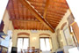 Florence Lodging: Living-room with wooden beams of Giotto Lodging in Florence