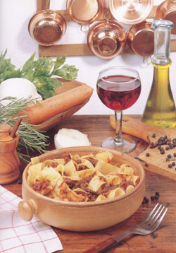 PAPPARDELLE ALLA LEPRE  - Pasta - Speciality of Tuscany
